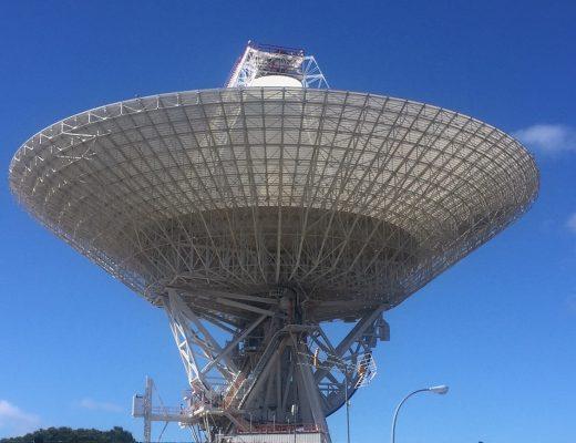 Antena estación Robledo de Chavela